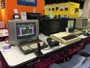 Gamescom 2016: So ein Commodore plus/4 (links) war mein erster Computer – David
