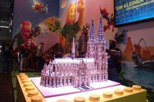 Gamescom 2017: Der Lego-Dom – zu sehen am Stand von Warner Bros