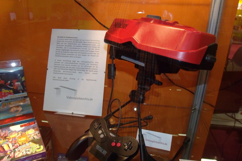 Gamescom 2017: Im Retro-Bereich war unter anderem Nintendos 3D-Konsole aus dem Jahr 1995 ausgestellt – der Virtual Boy